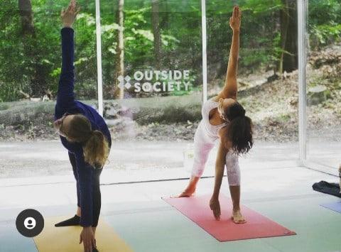 Outdoor yoga space bern